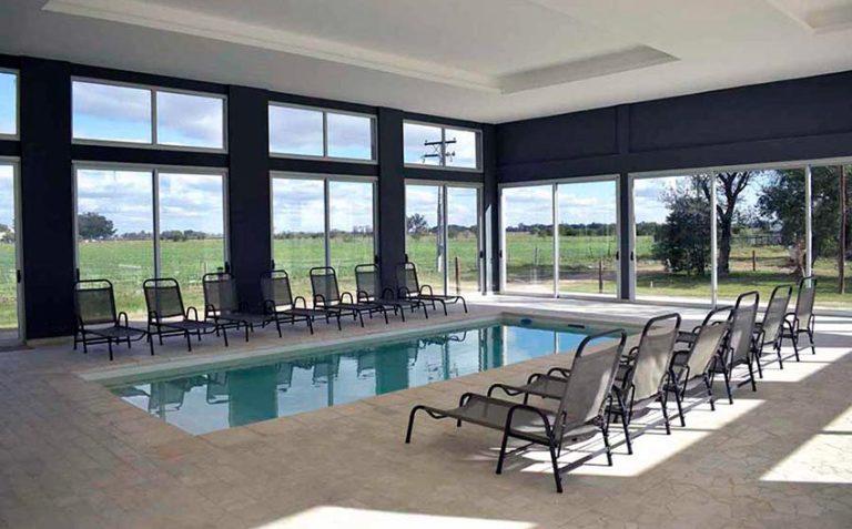 piscina-howard-johnson-san-francisco-home